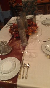 Thanksgiving Table on The Centsible Life